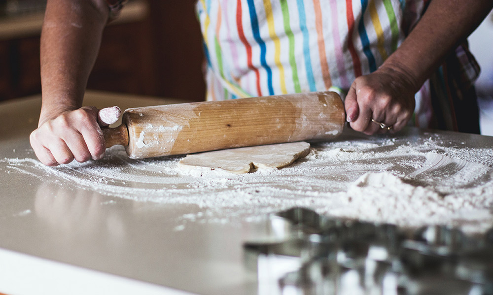 Cooking tip - buy a rolling pin if you want to start baking - Carousell Philippines