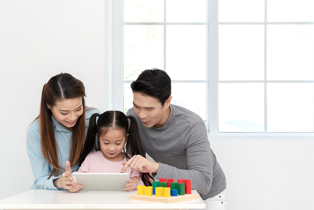 Maximize use of homeschool materials online - Activities To Keep Your Kids Busy At Home - Carousell Philippines Blog