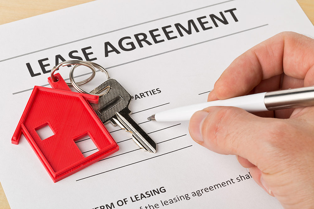 Read the lease contract thoroughly before you decide to rent a property - Property Rental Tips - Carousell Philippines Blog