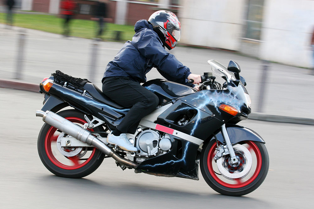 Sport motorbikes who have this need for speed - Carousell Philippines
